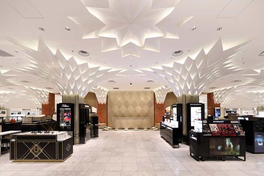 Tienda del piso de Nihombashi Mitsukoshi by Lighting Planners Associates