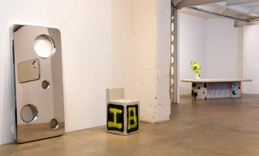 Virgilio Abloh canales brutalismo para hormigón eflorescencia serie de muebles