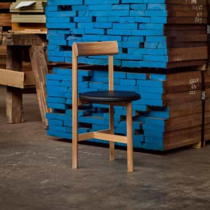 De La Espada lanza petit silla de comedor de Neri&Hu
