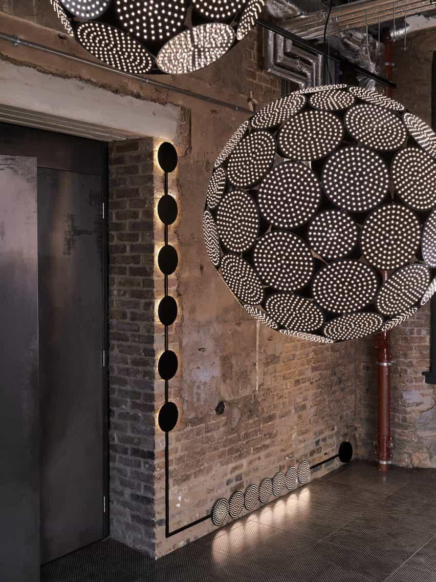 Código de iluminación por Tom Dixon y Prolicht