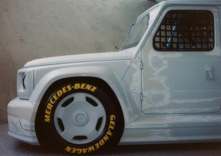El exterior y la rueda del coche Proyecto Geländewagen por Virgilio Abloh y Mercedes Benz