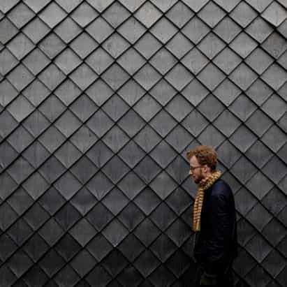 """tejas bastante plásticas hechas de las ventanas y las canaletas de PVC recicladas son """"material de revestimiento primera 100 por ciento reciclado"""""""