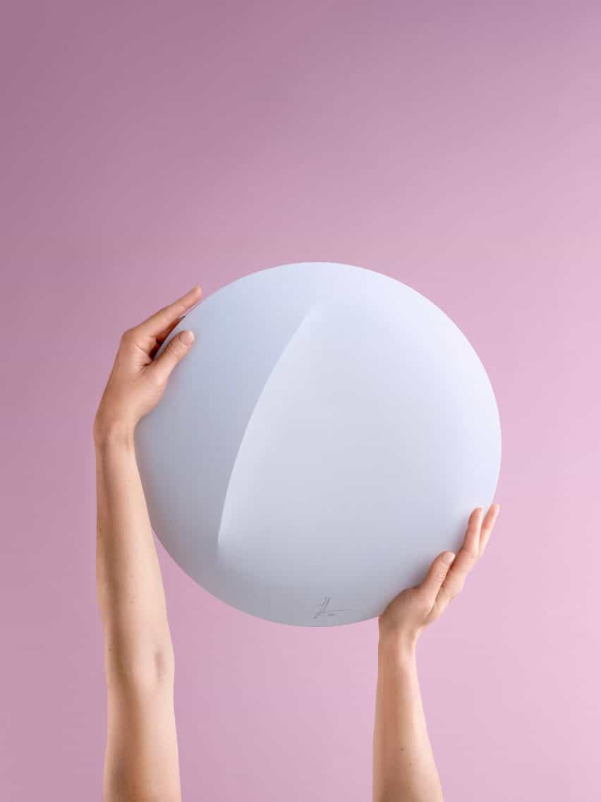 Sabine Marcelis lámpara de pared para IKEA Art Event 2021