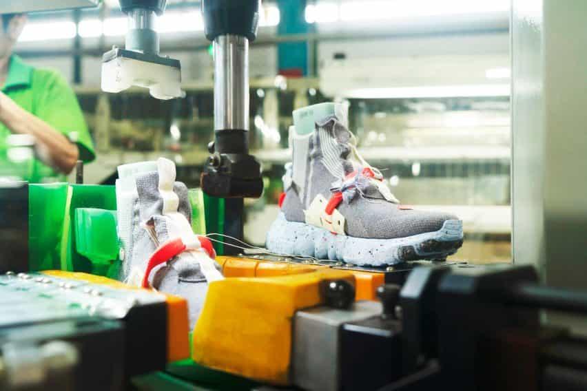 el diseño sostenible de Nike lleva Noé Murphy-Reinhertz.