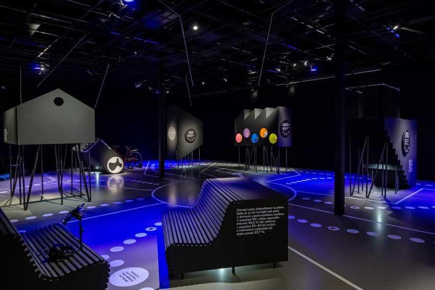 Descripción general de la exposición Urbania diseñada por RSAA de derechos de propiedad intelectual Praha en Praga, República Checa