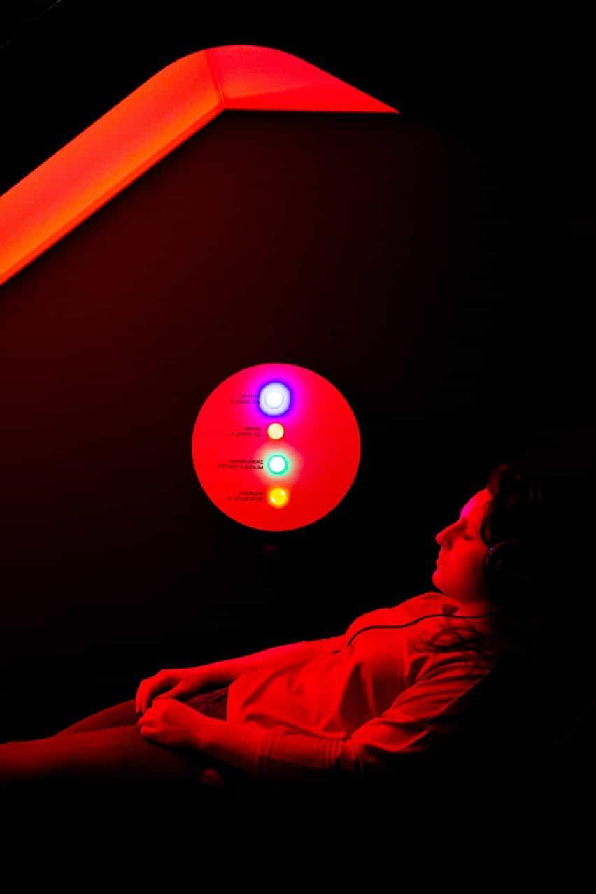 Instalación interactiva en la exposición Urbania diseñada por RSAA de derechos de propiedad intelectual Praha en Praga, República Checa