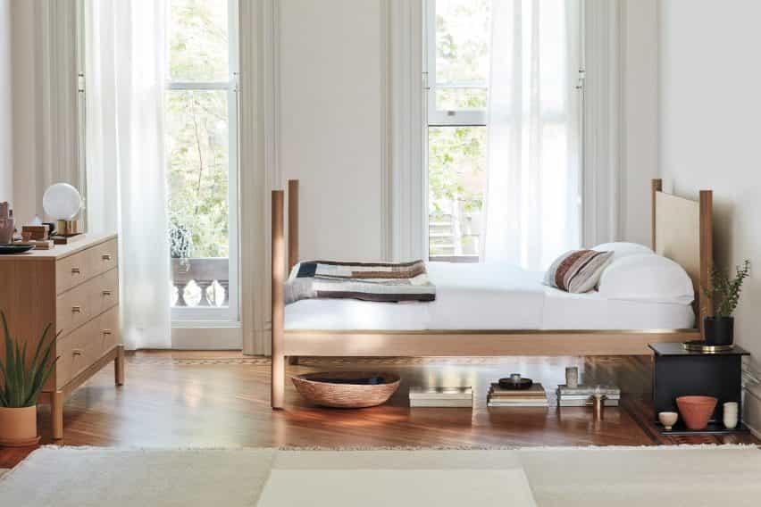 Anastassiades lanzó una colección de dormitorio con Herman Miller en 2019