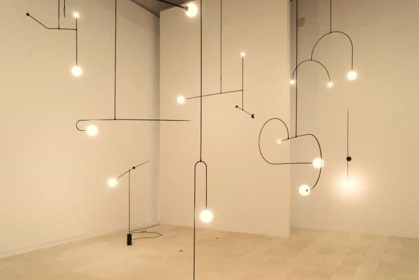 Michael Anastassiades presenta su serie móvil de la lámpara de Maison & Objet 2020