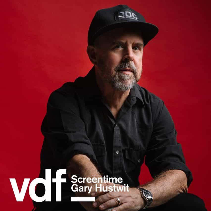 Gary Hustwit hablará a Dezeen en una conversación Screentime vivo como parte de la colaboración virtual del Festival de Diseño con el cineasta