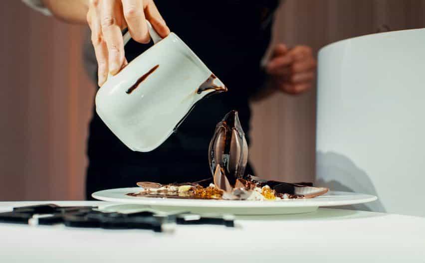 Barry Callebaut 3D-imprime intrincados postres de chocolate belga