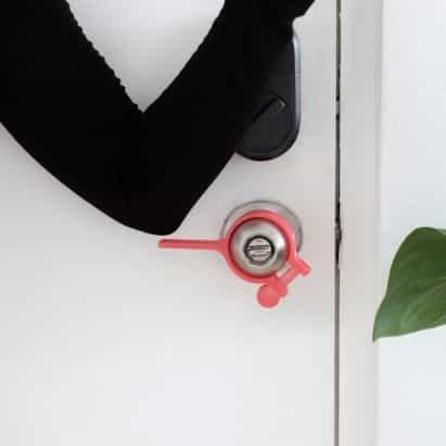 hacks mango cinco de apertura de la puerta con manos libres