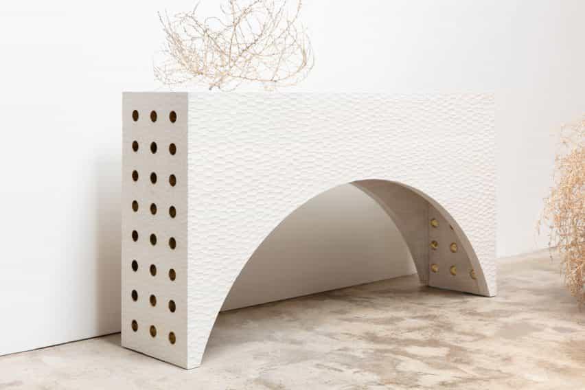 """une muebles del manguito Studio """"feminidad con un poco de testosterona"""""""