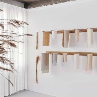 Sara Martinsen crea la biblioteca de fibras vegetales para apoyar la fabricación sostenible