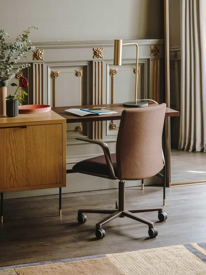 Fotografía de la silla Kinesit Met de Lievore Altherr Molina para Arper