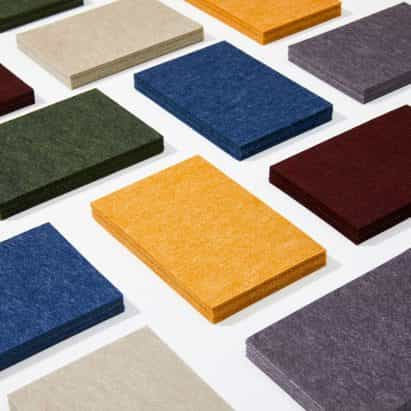 Autex añade colores informados por la nostalgia de la década de 1970 y los tonos terrosos a la gama de paneles acústicos