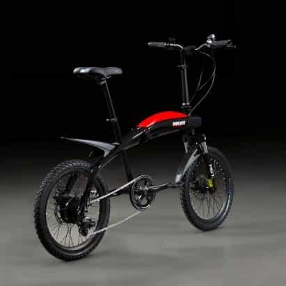 Ducati presenta plegable bicicletas eléctricas que se producen señales de sus motos