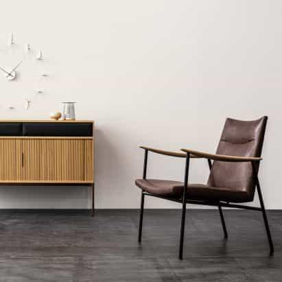 """último en mobiliario de Ritzwell reflejan el """"diálogo armónico"""" entre la madera y el cuero"""