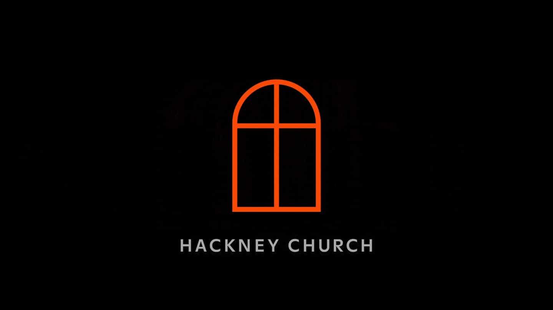 OMSE Rebrands Hackney Iglesia, con sus vidrieras como marco