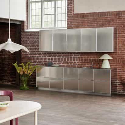 La cocina Reflect de Jean Nouvel para reformar entre los nuevos productos en Dezeen Showroom