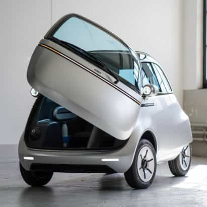 Micro presenta el coche eléctrico de la burbuja y de tres ruedas e-scooter