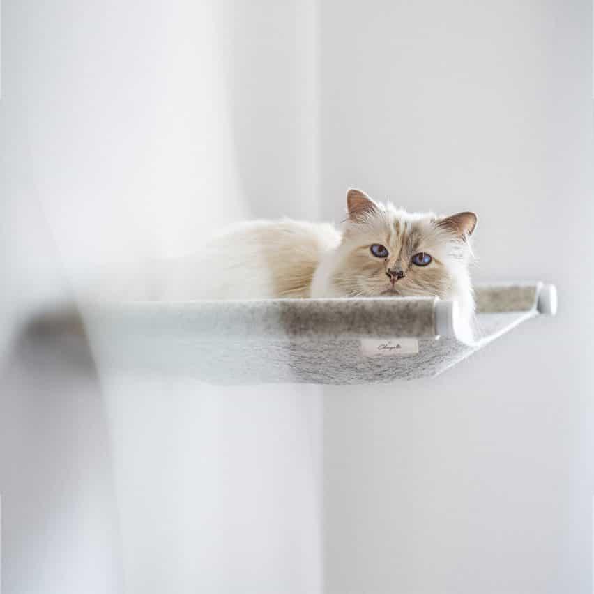 Oscilación cama de gato por Choupette el gato y muebles para mascotas alemán diseñadores LucyBalu