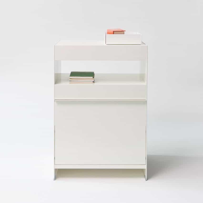 mesa auxiliar grande del sistema de estantería independiente On & on de