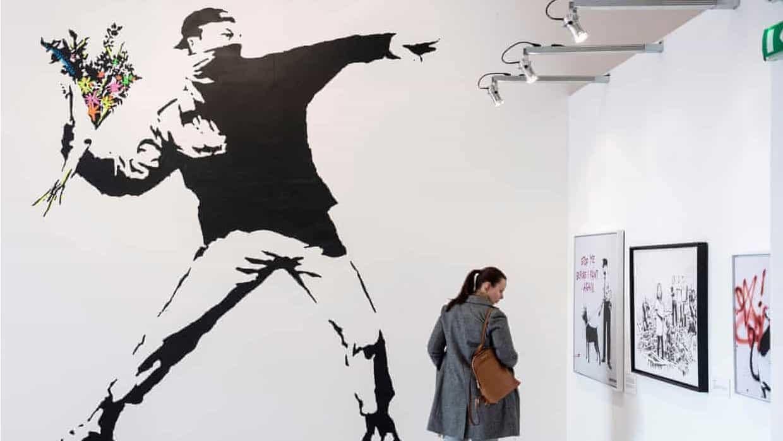 Banksy elige el anonimato sobre sus derechos de marca