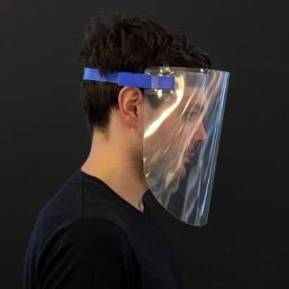 Ocho protectores faciales diseñados para proteger a los trabajadores de la salud de coronavirus