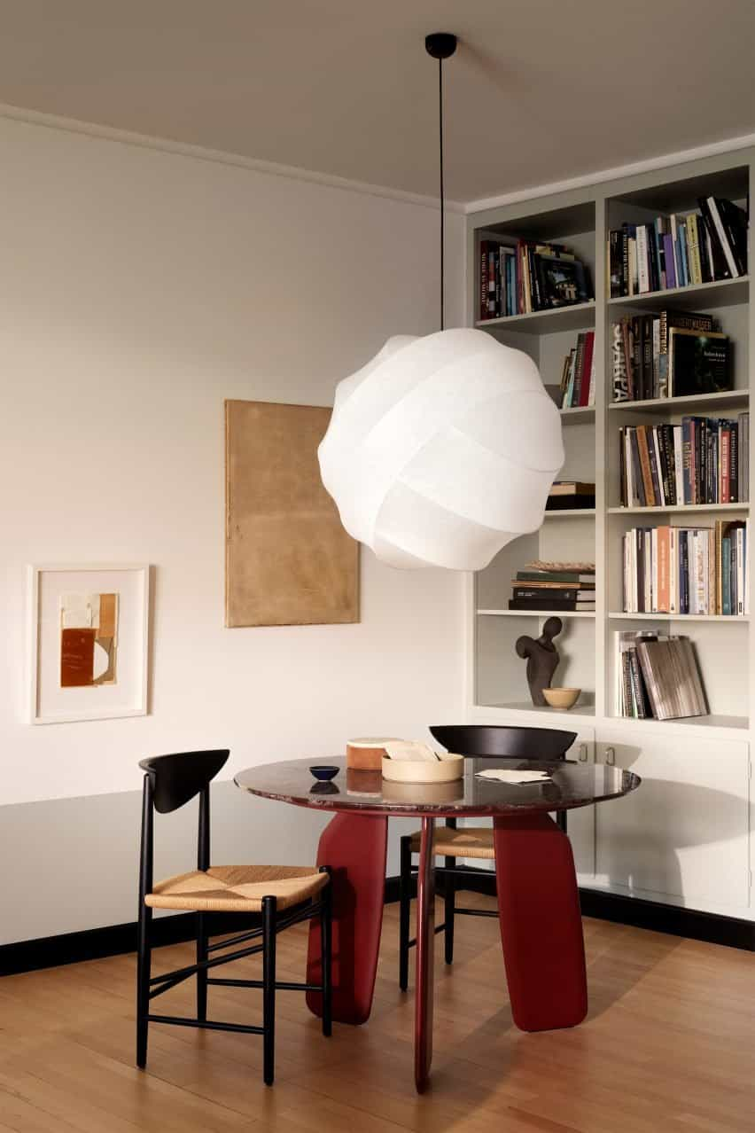 Luz colgante Turner en una cocina