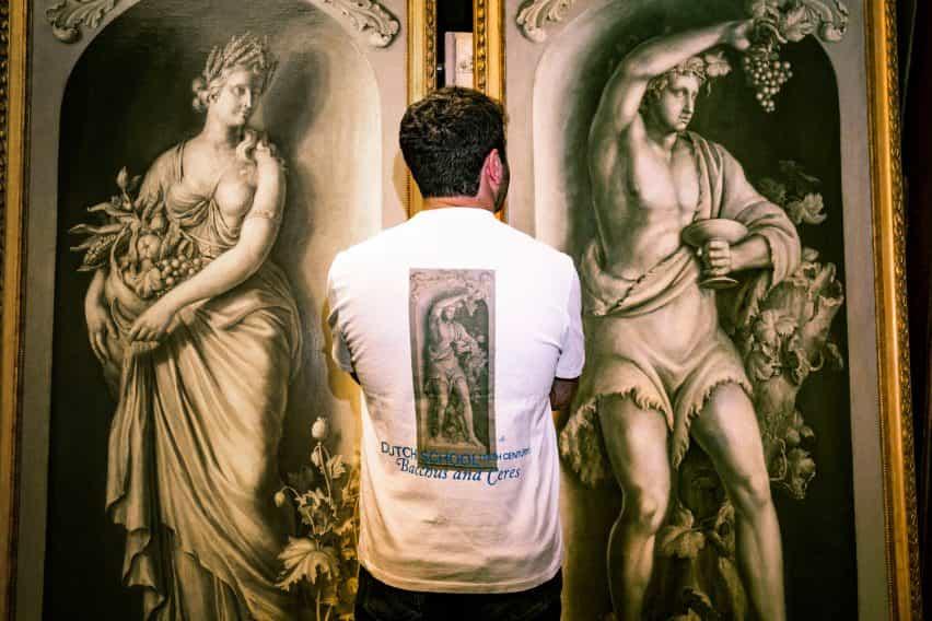 Viejo Maestro característica funciona en la colección streetwear debut de Sotheby