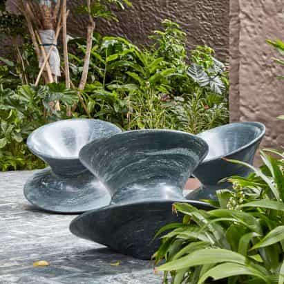 Heatherwick Studio recrea silla Spun en granito