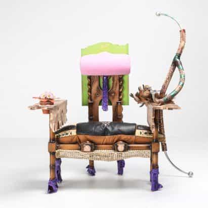 Messgewand hace muebles maximalista de objetos de desecho y que se encuentran