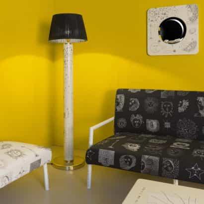 Solitario muebles y accesorios por Fornasetti
