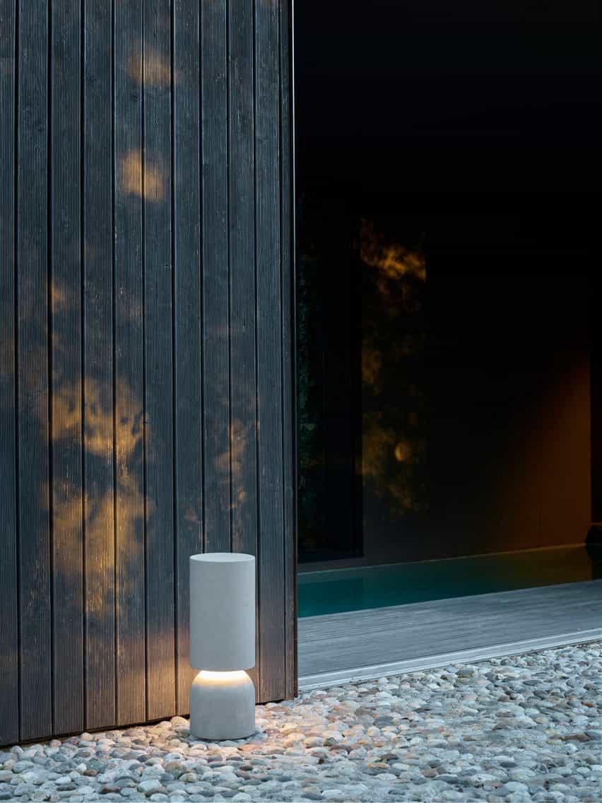 Luminaria de uso exterior.