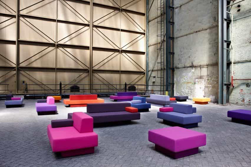 La silla AVL Glyder por el diseñador Joep van Lieshout