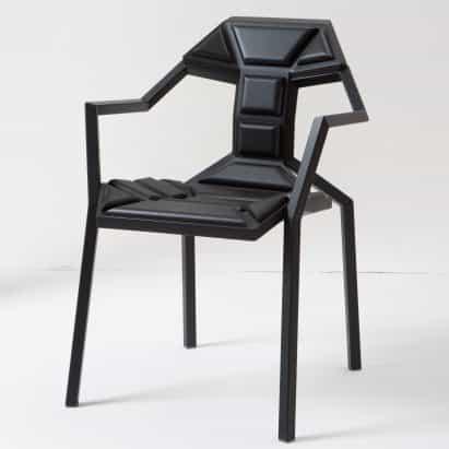 como hormigas silla de Allo de Sandro Lominashvili se construye como un rompecabezas