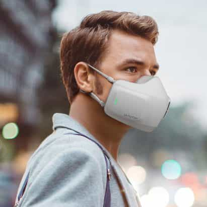 LG crea mascarilla con sistema de purificación de aire alimentado por batería