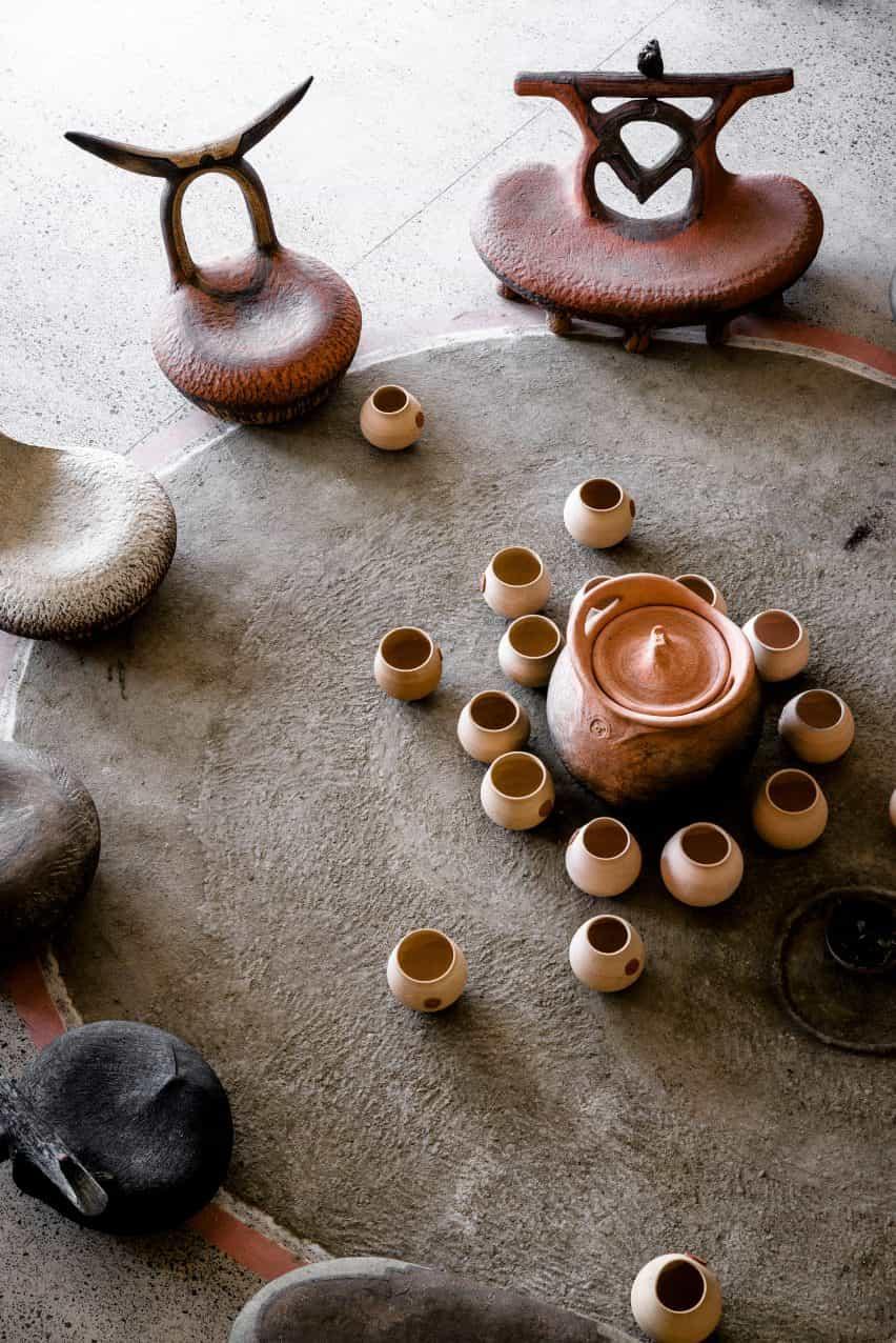 La colección iThongo de Andile Dyalvane centrada en el hogar