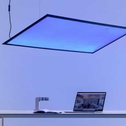 Artemide presenta Integralis ultravioleta tecnología que transforma la luz en desinfectantes