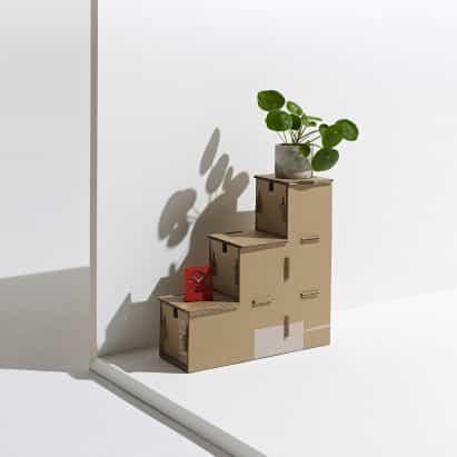 Revaz Berdzenishvili repurposes Eco de Samsung paquete de la caja para crear unidad de almacenamiento escalonado