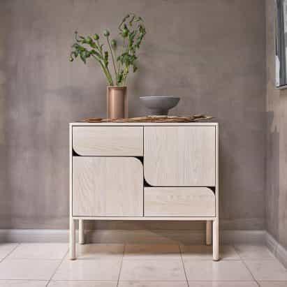 Ercol presenta cinco colecciones de muebles en la celebración del 100 aniversario