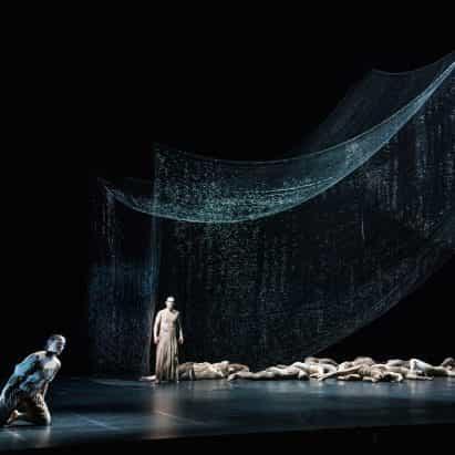 Estudio Drift crea dramático cambio ego escultura por la ópera L'Orfeo holandesa
