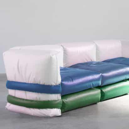 Muller Van Severen diseños de la almohada del sofá basado en bolsas acolchadas de Kassl Edition