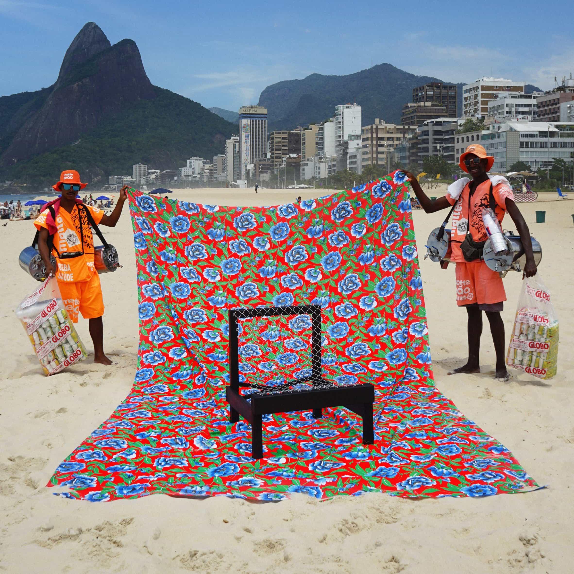Matteo Guarnaccia diseña sillas en torno a los hábitos de asiento de los países más poblados del mundo