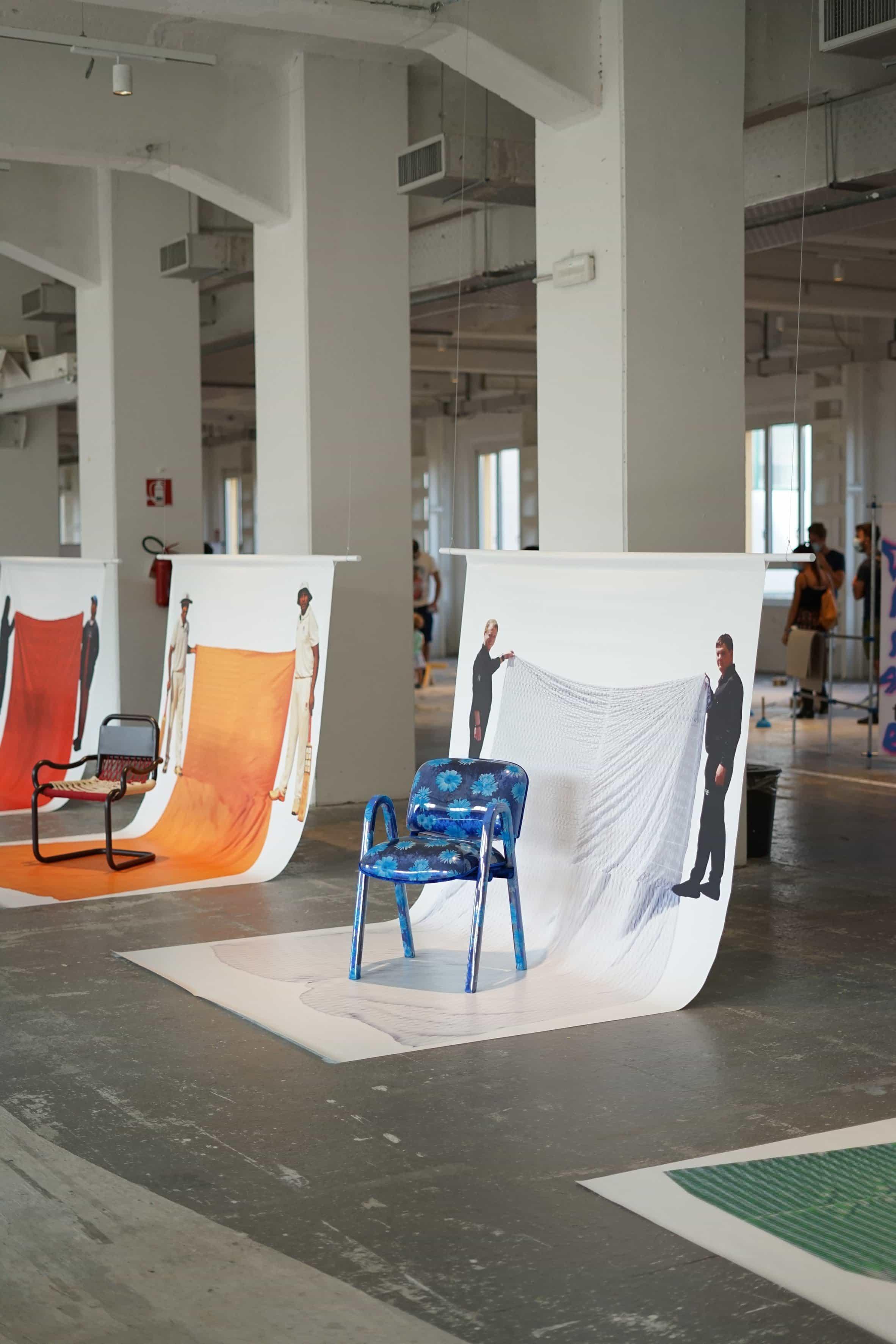 Exposición de cátedras interculturales de Matteo Guarnaccia en la semana del diseño de Milán
