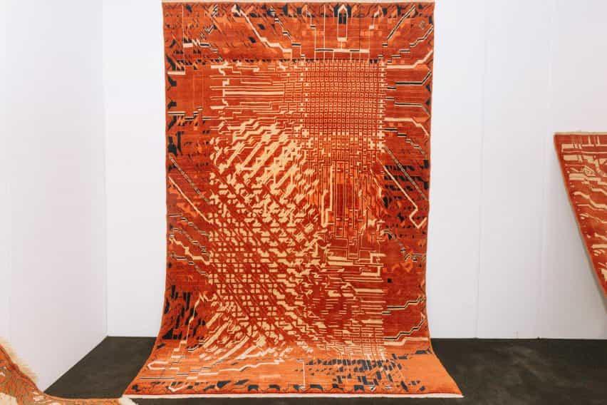 Kourosh Asgar-Irani utiliza el software paramétrico para hacer que los flujos tradicionales alfombra persa