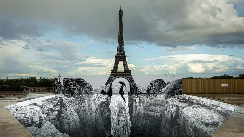 La ilusión óptica de la Torre Eiffel aturde a París