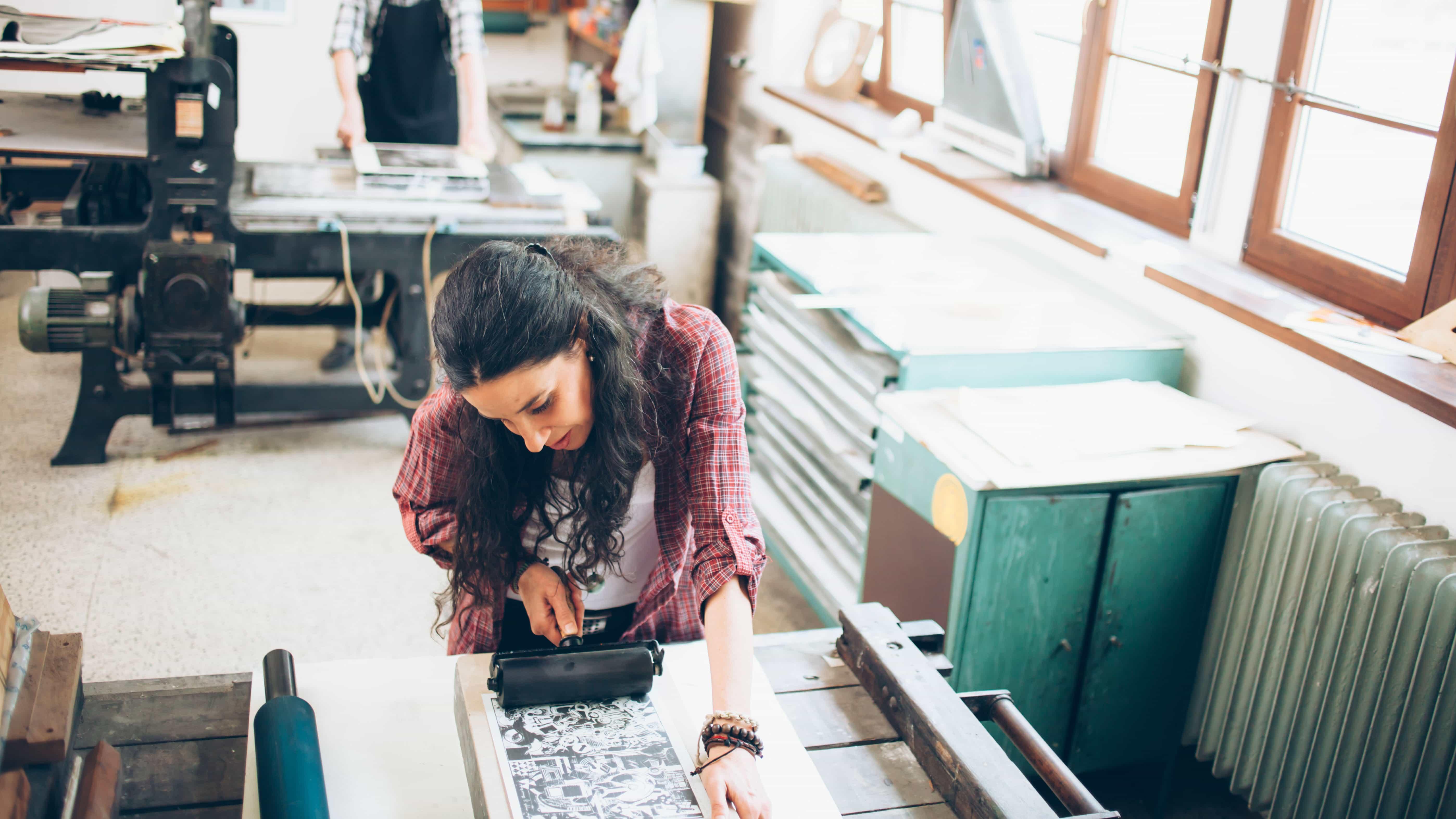 Más información sobre los diferentes tipos de impresión con esta guía.