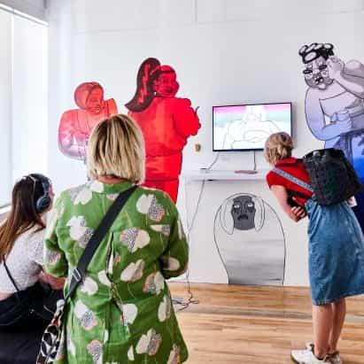 RCA estudiantes protestan grado espectáculo va virtual en la luz del coronavirus pandemia