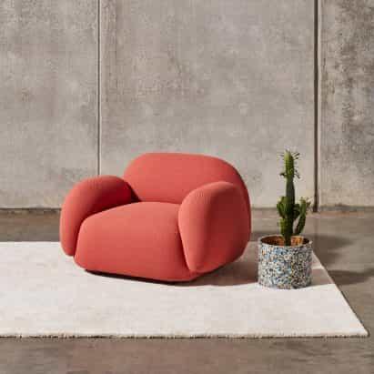 10 diseños de muebles mullidos incluyendo sillas y bancos regordetas hinchados